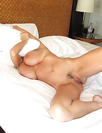 Kelly Madison Bringing In 2011 Pt. 2