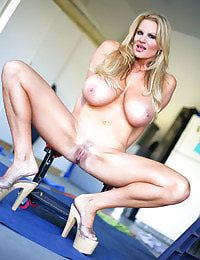 Kelly Madison Garage Grind