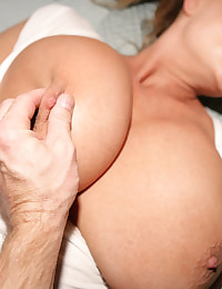 Kelly Madison Jog And Jack