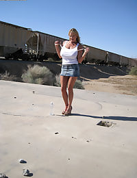Kelly Madison Doing It In The Desert