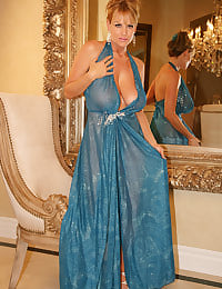 Kelly Madison Breast Dressed Diva