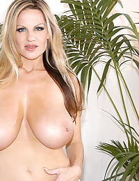 Kelly Madison Queen of the Jungle