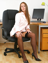 Gorgeous secretary Sadie peels of her mini skirt and matching shirt to reveal the beauty beneath.