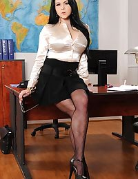 Seductive secretary bares all