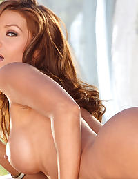 Hot Babe Heather Vandeven