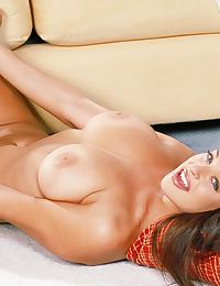 Jamie in has a super bright smile and brilliant set of breasts