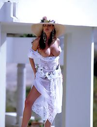 Glamour Nude Centerfold Julie Strain