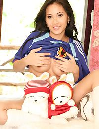 Big Breasts of Teen Christy Hun Japan World Cup Strip