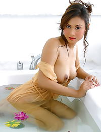 Asian marisa 03 thai lady bathtub wet shirt shower