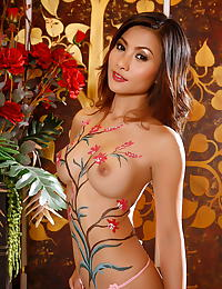 Asian erena pine 03 bodypainting big blit