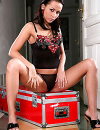Teen Her red tool box