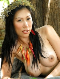 Undressed Oriental Amazing Spouse Amelia