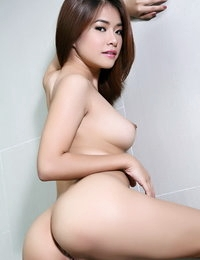 Bare Japanese Naughty Girl Miyu