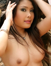 Undressed Asian Babe Tiffany
