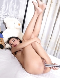 Raw Asian Pretty Wife Aleenta