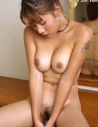 Naked Asian Scorching Female So Jin Yong