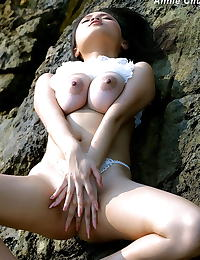 Anni Chui erotic photo