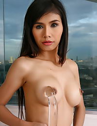 Judy Chu erotic photo