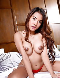 Ammy Kim erotic photo