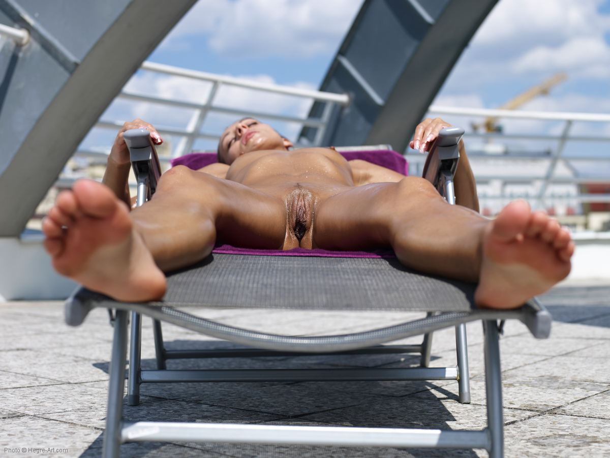 Accept. Hot naked sun tanning pussy